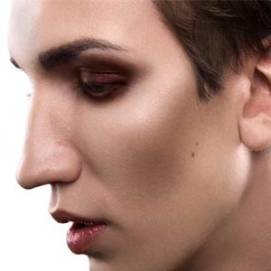 The Spornosexual Embraces Male Makeup