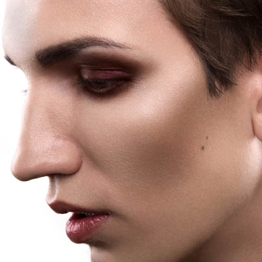 Male makeup.