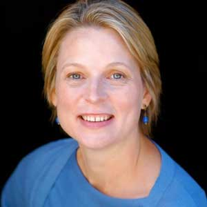 Mary Lynn Halland headshot