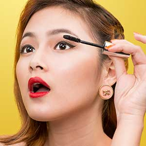 Mascara Markets Follow Global Trends